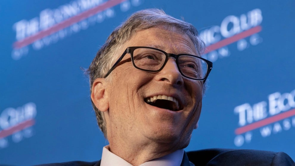 Bill Gates riendo